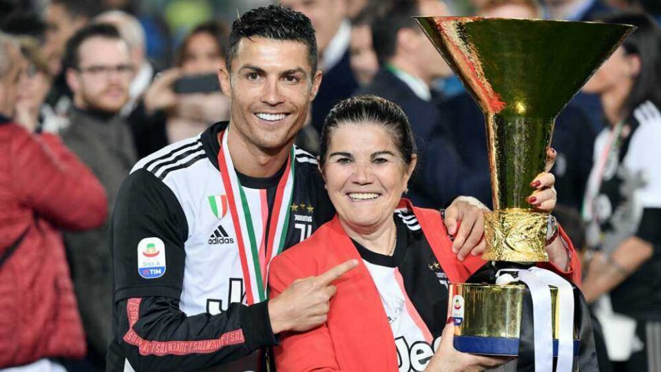 Ronaldo's Mother Will Push for a Return to Sporting