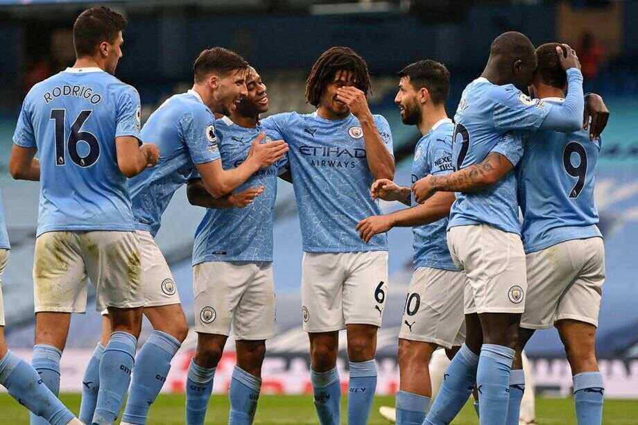 Manchester United Lost 2-1 to Leicester City to Make Manchester City Champions