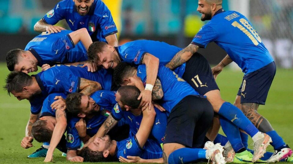 Euro 2020 – Italy Enter the Knockout Stage by Beating Switzerland 3-0